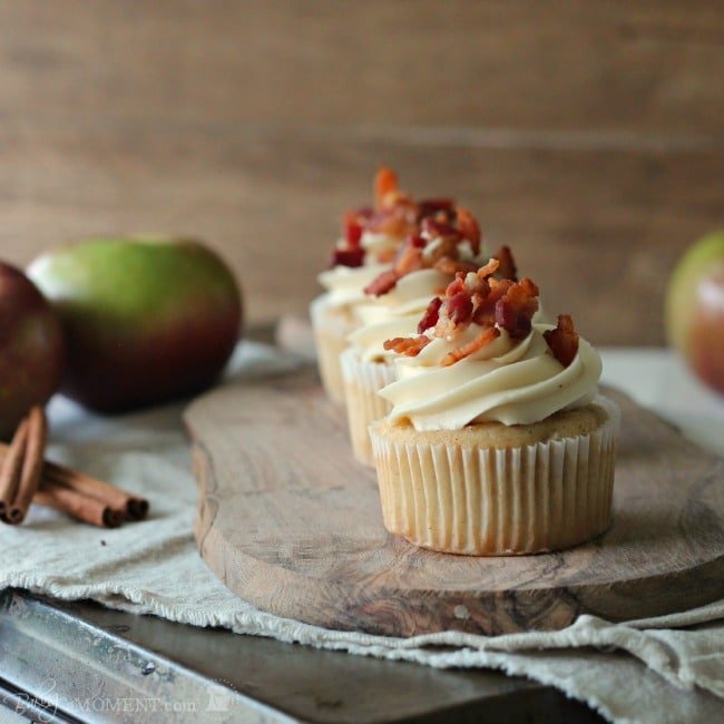 Apple Cinnamon Pancake Cupcakes