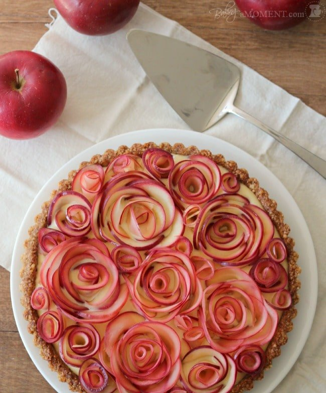 apple-rosette-pie