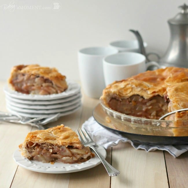 Simply Perfect Apple Pie - Baking A Moment