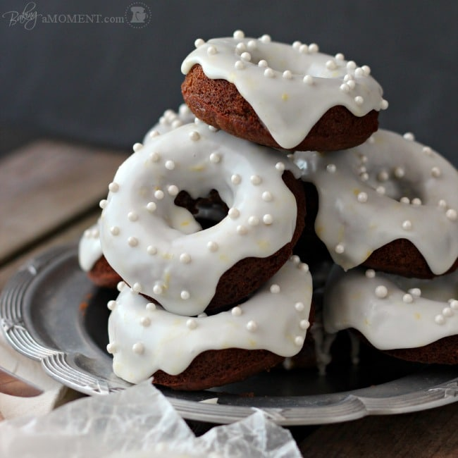 Bake up these Gingerbread Donuts for a Special Breakfast Treat! The ...