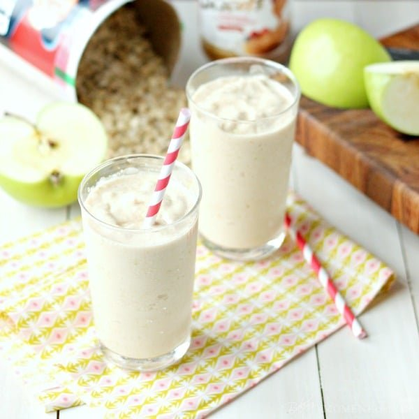 green apple cookie butter oat smoothie, and how to organize your recipes