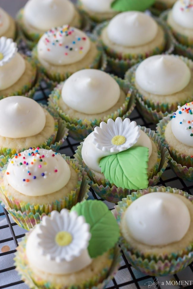 Lemon Yogurt Cupcakes with Cream Cheese Frosting | Baking a Mom