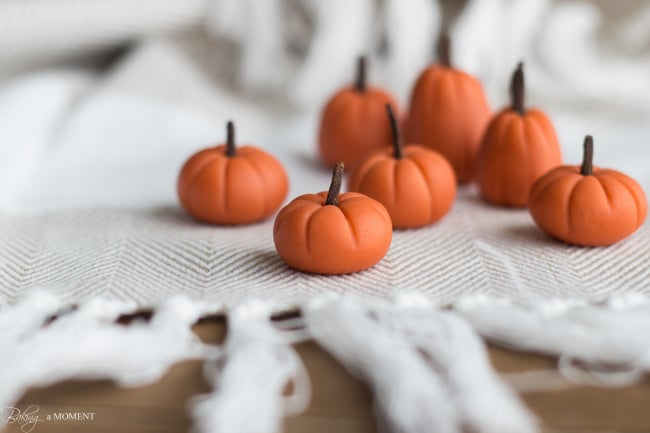Fondant Pumpkins | Baking a Moment