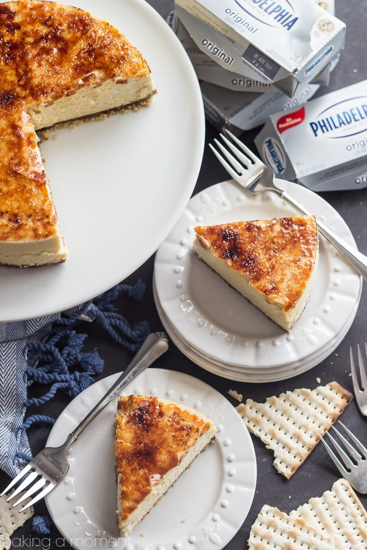 I may never go back to graham crackers again! The matzoh toffee crunch crust was amazing! The filling was perfection too, and I loved the crackly brulee on top! #onlyphiladelphia #mycreamcheese #ad @spreadphilly