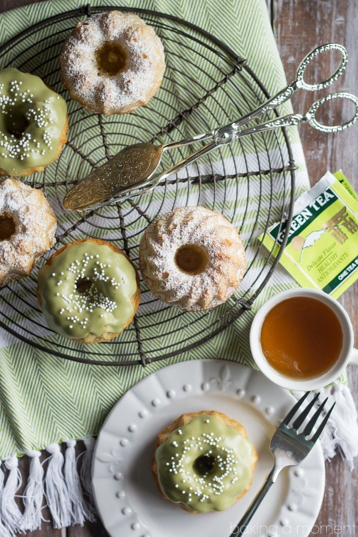 These almond tea cakes came together in a snap, with healthier ingredients like almonds, coconut oil, and einkorn flour.  The matcha glaze on top is perfection!  #paminthepan #ad