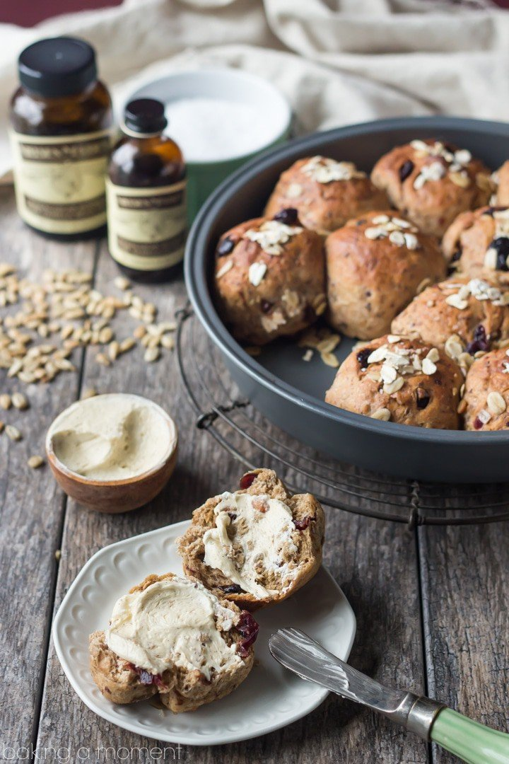 Whole Grain Cranberry Vanilla Dinner Rolls with Whipped Vanilla Bean Maple Butter | Baking a Moment @nielsenmassey #ad