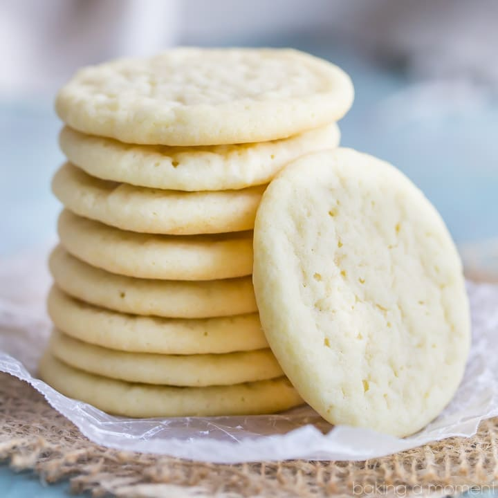 Soft and Chewy Sugar Cookies - this is my favorite recipe: great texture, buttery, and lots of vanilla!
