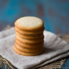 Brown Edge Wafers: a light, crisp, buttery vanilla cookie that's great with a cup of coffee or tea! An easy recipe that's endlessly versatile.
