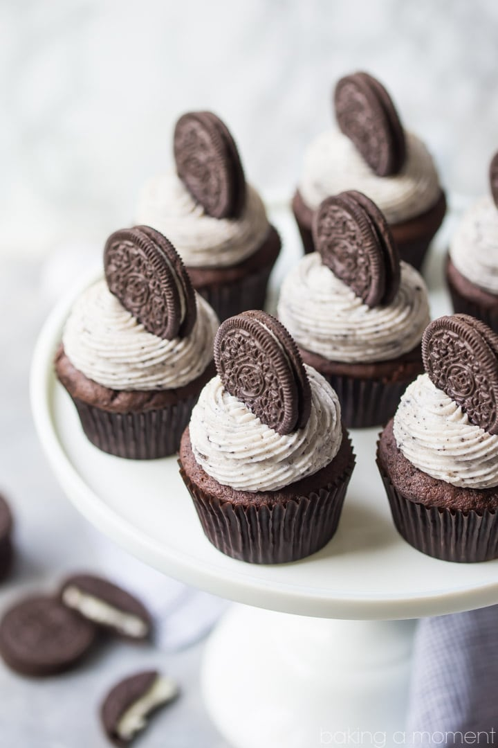 Oreo Cupcakes: if you have a cookies & cream lover in your life, you've GOT to make them these cupcakes!  So moist and chocolate-y, and that frosting tastes exactly like the filling from an Oreo!  food desserts cupcakes