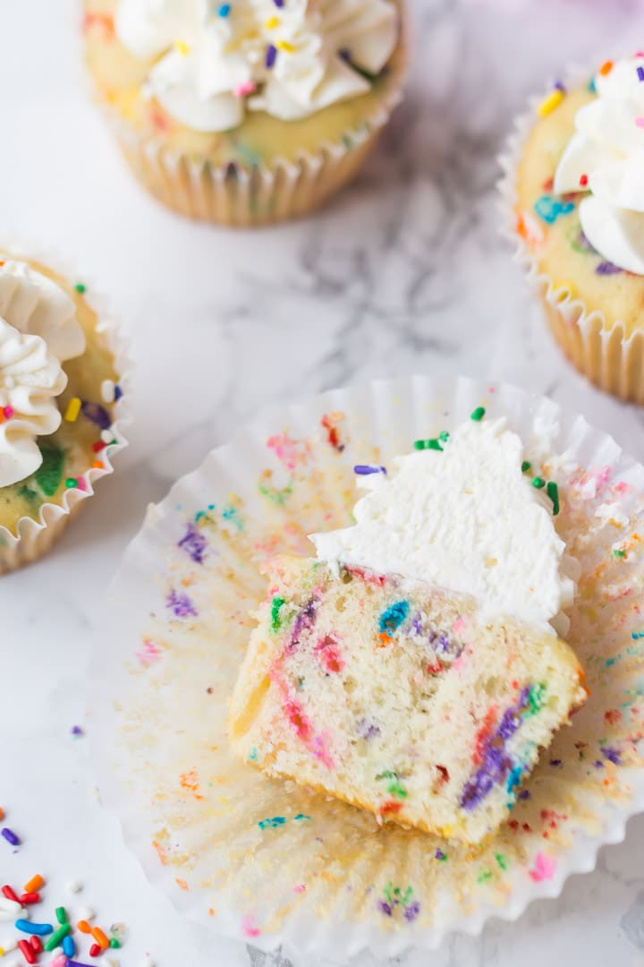 Easy Funfetti Cupcakes Recipe