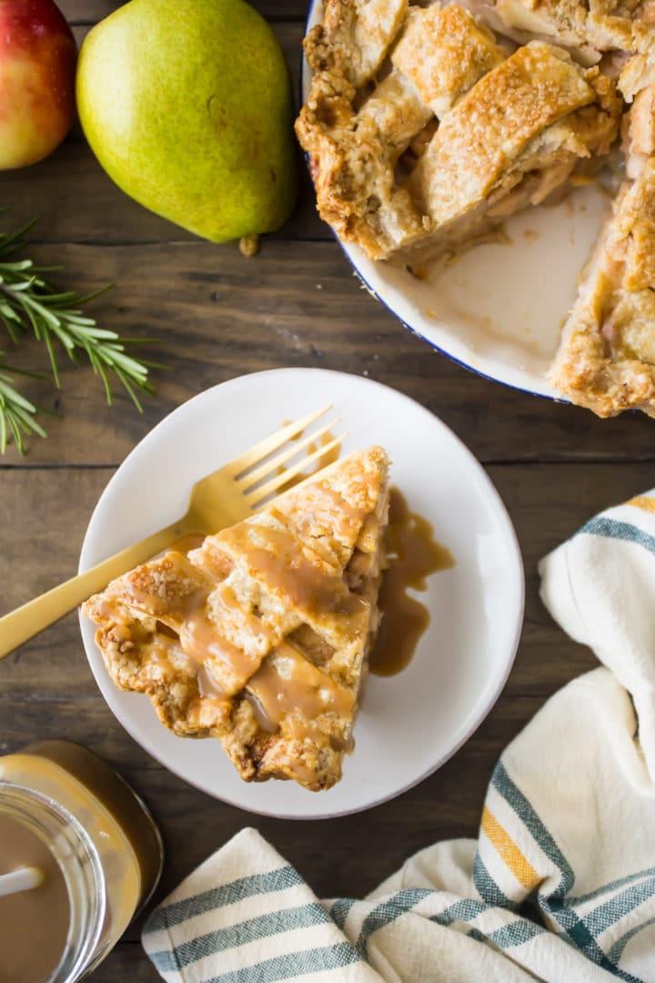Apple Pear Rosemary Pie